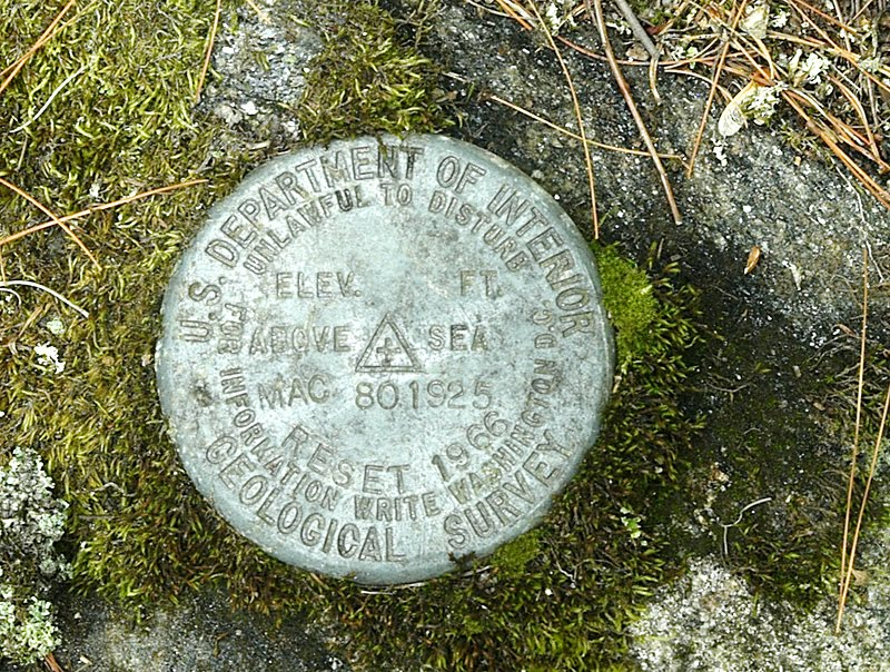 Geodectic control marker